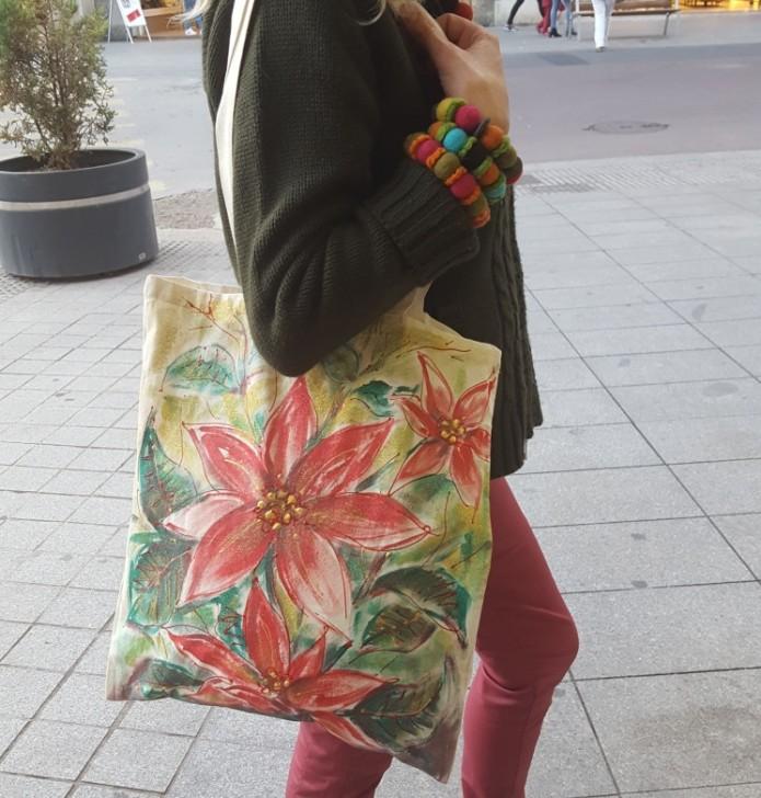 Unas de mis bolsas pintadas